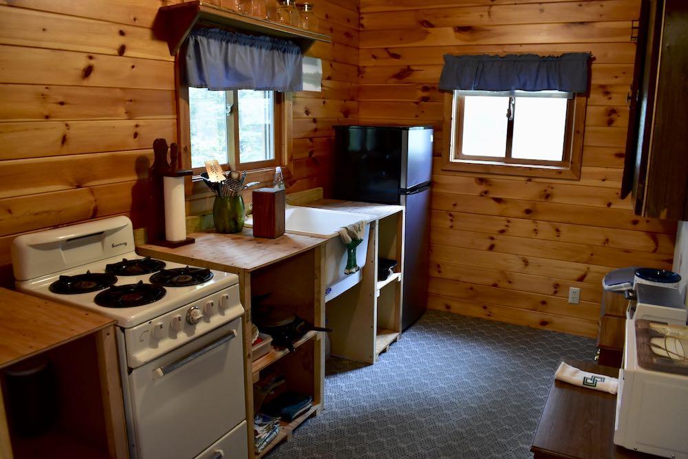 garden bunkhouse kitchen