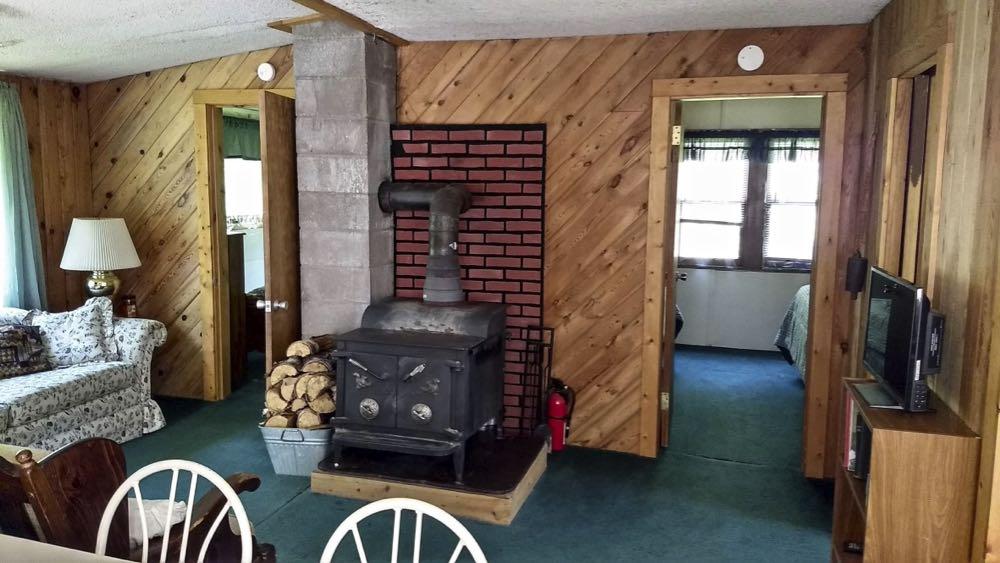 okontoe grandma's cabin interior